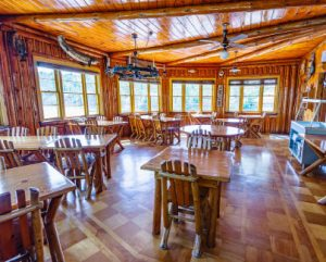 fishing lodge dining room